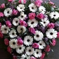 floristeria_denis_corazon_de_rosas_y_flores_variadas_2